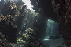 Best Dive Sites in the Solomon Islands - Mbulo Caves